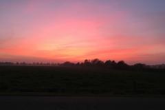 Sonnenuntergang vor dem Haus
